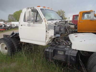 Truck Salvage: Ford Truck Salvage Parts