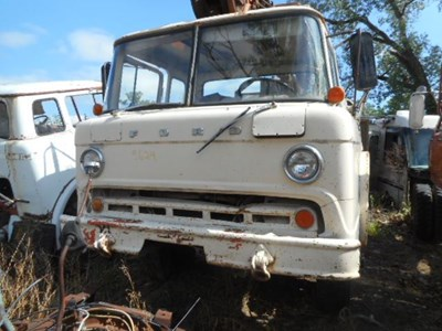 Ford Salvage Yard C Amp H Truck Parts