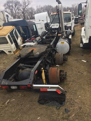 Volvo salvage yard c h truck parts for Mercedes benz junk yards miami