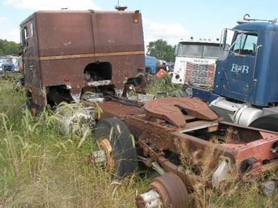 Peterbilt | Salvage Yard | C&H Truck Parts